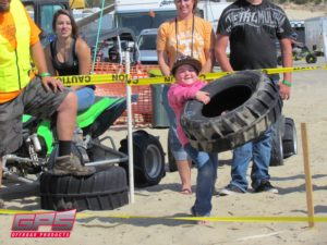 2013_Oregon_Dunefest_Tire_Toss